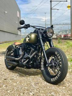 Motos Harley Davidson, Classic Harley Davidson, Honda Motorcycles, Custom Motorcycles, Custom Bikes, Scrambler Motorcycle, Motorcycle Gear, Bugatti Motorcycle, Classic Motorcycle