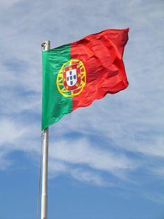 Bandiera del Portogallo #Portogallo #viaggi #journey / seguici su www.cocoontravel.uk