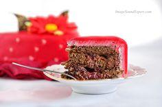 valentines day, fotografie produs felii tort de ciocolata, felii de tort, cake slices, Kuchenstücke, tranches de gâteau Cake Slices, Panna Cotta, Valentines Day, Ethnic Recipes, Photos, Food, Valentine's Day Diy, Dulce De Leche, Pictures