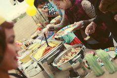 full breakfast buffet for breakfast party Lolly Buffet, Candy Buffet, Birthday Bash, Birthday Ideas, Back To School Breakfast, Birthday Breakfast, Party Needs, Breakfast Buffet, Paper Straws