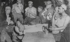 CROUST | Miner workers eating pasties: Location and date unknown. Onen hag oll. ✫ღ⊰n