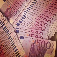 """2000,00€ · Una oportunidad para las compras de créditos · Hola Señora y Señor Ciudadanos, estimados personas y empresas en Europa y en otros lugares, """"RODRIGUEZ de finanzas"""", que el Director General Sr.RODRIGUEZ Menez ahora pone a su disposición la oportunidad de obtener sus préstamos con términos muy fáciles. Esta oferta está a su disposición todas las personas capaces de devolver con una tasa de interés anual de 2%. Así que tienes la libre elección para decidir sobre el monto a ser…"""