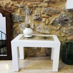 Wood table with 2 hydraulic tiles from old Barcelona flats. The tiles are restored and the table is handmade. baldosas hidráulicas