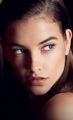 Barbara Palvin Marie Claire Magazine Italy December 2019 in 2020 Pose Portrait, Portrait Photography, Portraits, Beauty Portrait, Woman Portrait, Barbara Palvin, Marie Claire Magazine, Actrices Sexy, Armani Beauty