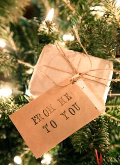 The Bottom of the Ironing Basket: Friday Fabulousness....It's Beginning To Look A Lot Like Christmas!