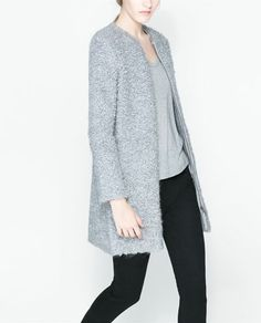 Image 3 of LOOP KNIT COAT WITH ZIP from Zara