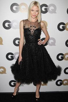 she actually looks perfect. Jamie King in Oscar de la Renta. Jamie King, Black Party Dresses, Nice Dresses, Celebrity Red Carpet, Celebrity Style, Smart Casual Outfit, Casual Outfits, Cool Outfits, Fashion Dresses