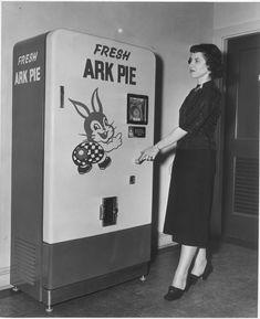 Vintagevending.com ~ Vending Machines, Soda Fountain Antique ...