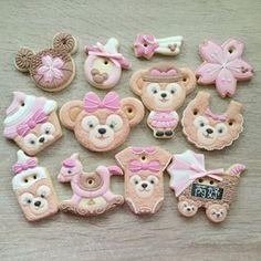 #icing #icingcookies #cookies #cookieart #customcookies #duffy #disney #disneycookies #decoratedcookies #shelliemay #duffycookies #babyshower #babycookies #babyshowercookies