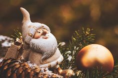 Eeeek it's Christmas Eve! What's on your christmas list? We're just looking forw. - Happy Christmas - Noel 2020 ideas-Happy New Year-Christmas Merry Christmas Message, Christmas Deals, Christmas Messages, Christmas Music, Christmas Pictures, Christmas 2019, Christmas Desktop, Christmas Quotes, Country Christmas