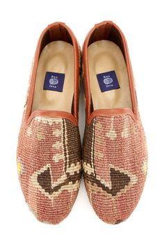 Res Ipsa Unique Handmade Kilim Shoes For Men And Women Vintage Fabrics, Leather Craft, Ballet Flats, Hand Weaving, Toms, Loafers, Pairs, Heels, Sneakers