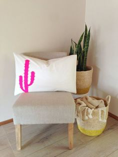 Pillow Case Pillow Cover Neon Pink Cactus Single by agnesandyou (Diy Pillows Cactus) Diy Pillows, Decorative Pillows, Bubble Quilt, Country Wall Art, Southwest Decor, Interior Plants, Diy Home Decor Projects, Do It Yourself Home, Pillow Forms