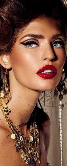 Billionaire Club / karen cox.   The Glamorous Life: Glamour Girl, Bianca Balti <3<3