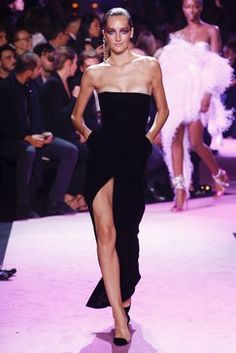 Alexandre Vauthier Fall 2017 Couture Fashion Show Collection