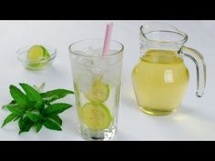 This homemade lemonade recipe is the best lemonade you will ever try! Mexican Food Recipes, Sweet Recipes, Vegan Recipes, Cooking Recipes, Ethnic Recipes, Drink Recipes, Berry Lemonade Recipe, Homemade Lemonade Recipes, Superfood