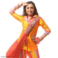 Short Collared Kurti teamed with patialas and jhola bags became an instant trend when Rani Mukerji played the notorious Babli #YRFTrendSetter