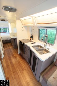 "1984 Airstream 310 Motorhome ""Roadtrip"""