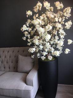 Witte bloesemboom op maat gemaakt! Vraag gerust naar de mogelijkheden. Info@annefleurs.nl