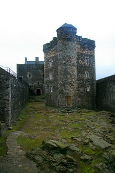 Blackness Castle is a 15th-century fortress, near the village of Blackness, Scotland, on the south shore of the Firth of Forth by Dave Cleghorn