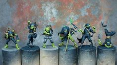 Drunken kung-fu gremlins, what's not to like. High gaming standard Client didn't want bases doing #malifaux #gremlins #kung-fu #steampunk #wargamers #scale75 #vallejo #citadel #hotdropstudios #hobby #painting #commissions