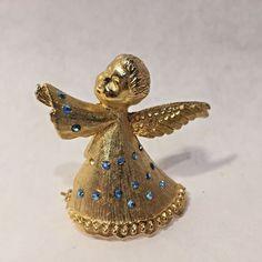 Vtg Goldtone SIGNED DODDS Cherub Angel w/ Blue Rhinestone CHRISTMAS BROOCH PIN   | eBay