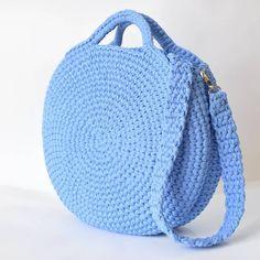 Crochet bag 346706871312979884 - How to Crochet a Beauty and Cute Handbag or Bags? New Season crochet bag; crochet bag holder # Source by sebchrisgros Free Crochet Bag, Crochet Shell Stitch, Crochet Bags, Crochet Handbags, Crochet Purses, Cute Handbags, Purses And Handbags, Diy Sac, Bag Pattern Free