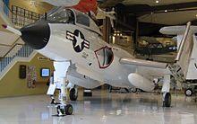 F7U-3 BuNo 129655 en el Museo Nacional de la Aviación Naval en NAS Pensacola , Florida