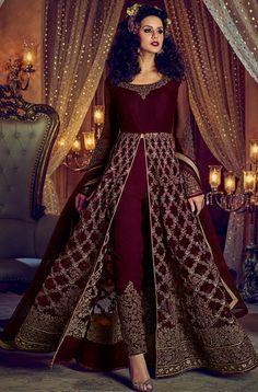 ✓ Buy the latest designer Anarkali suits at Lashkaraa, with a variety of long Anarkali suits, party wear & Anarkali dresses! Robe Anarkali, Costumes Anarkali, Bridal Anarkali Suits, Pakistani Bridal Dresses, Pakistani Dress Design, Anarkali Dress, Salwar Suits, Salwar Kameez, Indian Designer Outfits