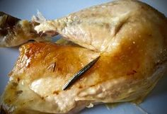 Hele kip uit de slow cooker met knoflook en citroen | Recepten voor de slow cooker