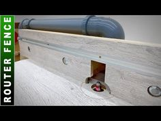 Router Table Fence Build - DIY Router Fence with Dust Port - Part 2 - YouTube Router Diy, Build A Router Table, Router Table Fence, Cerca Diy, Building A Fence, Garage Shop, Garage Workshop, Woodworking Videos, Entryway Tables