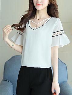 Fashionmia - Fashionmia Designed V-Neck Chiffon Bell Sleeve Blouse - AdoreWe.com