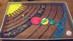 Our Solar System Our edible solar System.totally scored an A Solar System Cake, Solar System Model, Our Solar System, Solar System Projects For Kids, Solar System Activities, Space Activities, Science Fair, Science For Kids, Science Projects