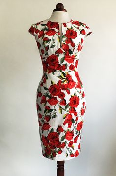 Red rose dress, floral dress, summer dress, vintage style dress, red and white dress, midi dress, mid-length dress, cotton dress, 50s dress
