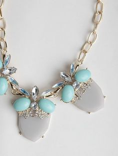 pretty grey and mint necklace  http://rstyle.me/n/jvs9vpdpe