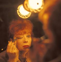 Gwen Verdon -- applying make-up. Classic Hollywood, Old Hollywood, Nights On Broadway, Chicago Musical, Bob Fosse, Sweet Charity, Under The Lights, Cabaret, Golden Age