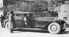 Bugatti Type 41 Royale Prototype body by Packard, 1927 New Sports Cars, Exotic Sports Cars, Exotic Cars, Sport Cars, Bugatti Royale, Vintage Cars, Antique Cars, Vintage Photos, Volkswagen