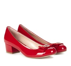 Round toe pumps - perfect for the holidays!