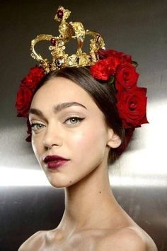 22 Ideas Fashion Week Makeup Looks Dolce & Gabbana Dolce & Gabbana, Dolce And Gabbana Makeup, Pat Mcgrath Makeup, Eyeliner Designs, Runway Makeup, Photo Portrait, Christmas Fashion, Festival Fashion, Wedding Makeup