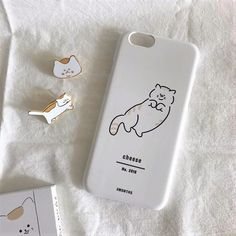 Discovered by ˗ˏˋ M I N ˎˊ˗. Find images and videos about girl, cute and pink on We Heart It - the app to get lost in what you love. Cute Phone Cases, Iphone Cases, Laptop Cases, Bling Bling, Cream Aesthetic, Aesthetic Light, Aesthetic Phone Case, Homescreen Wallpaper, Aesthetic Pictures