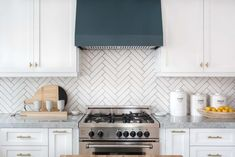 Explore dozens of beautiful kitchen backsplash ideas comprising all different materials, colors and designs.