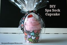 Spa Sock Cupcake DIY Valentine's Day Gift. Easy to Make and so fun. Great for kids or adults!