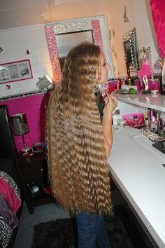 Oceanne- Crimped hair