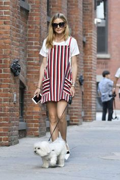 Olivia-Palermo-walking-her-dog--09-662x989 (1)