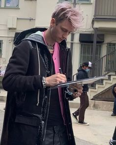 Colson Baker, Machine Gun Kelly, Guns, Leather Jacket, People, Daddy, Photo Wall, Bomber Jacket, Instagram