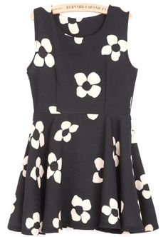 Black Sleeveless Plum Flower Print Dress - Sheinside.com
