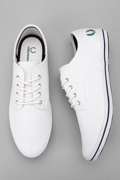 Fred Perry Foxx Twill Sneaker  Sharp simple.