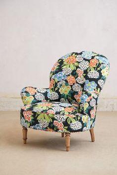 Mathilde Chair, Posey