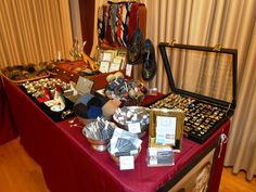 Richard's FABulous Finds: Richards Fabulous Finds, ON LOCATION!