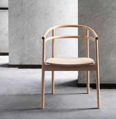 Billedresultat for ikea ypperlig chair Ikea Ypperlig Sofa, Ikea Dining Chair, Dining Rooms, Chair Design Wooden, Ikea Ps, Restaurant Chairs, Nordic Home, Bathroom Interior Design, Furniture Decor