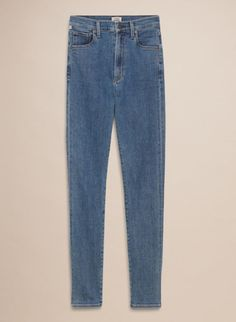 Wilfred/Citizens of Humanity Cleo True Blue Finding the perfect pair of vintage jeans can be a struggle. Hours of scouring on eBay, rummaging through thrift stores, or paying absurd amounts for a retailer that does the hunting for you may result in one great pair or worse...nothing. Save yourself the trouble. Aritzia's launched a vintage-inspired denim collaboration between its Wilfred brand and Citizens of Humanity that's pretty close to the real deal.